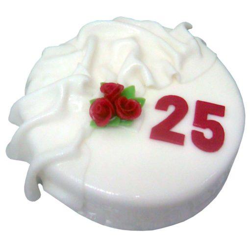 Dort s přehozem a růžemi - Narozeninové dorty Praha