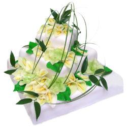 Svatební třípatrový čtvercový dort - Svatební dorty pro Vás