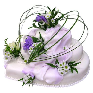 """Svatební třípatrový dort s frézií """"Srdce"""" - Svatební dorty pro Vás"""
