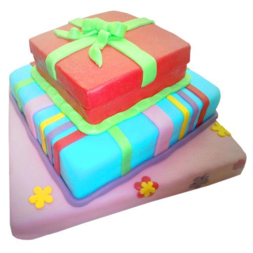 Třípatrový dort Dárkové krabice - narozeninové dorty Praha