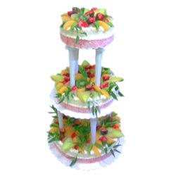 Třípatrový svatební dort s ovocem - svatební dorty Praha